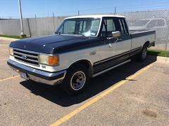 1990 Ford F-150 .