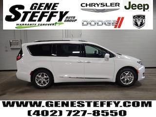 New Chrysler Dodge Jeep Ram Models 2019 Chrysler Pacifica TOURING L Passenger Van for sale in Fremont, ND