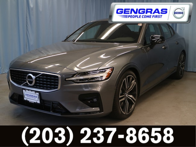 New 2019 Volvo S60 T6 R-Design Sedan
