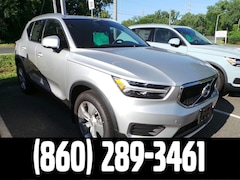 New 2019 Volvo XC40 T4 Momentum SUV in Meriden, CT