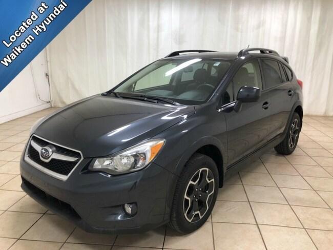 Used 2014 Subaru XV Crosstrek 2.0i Limited w/Moonroof Pkg/Nav SUV for sale in Massillon, OH