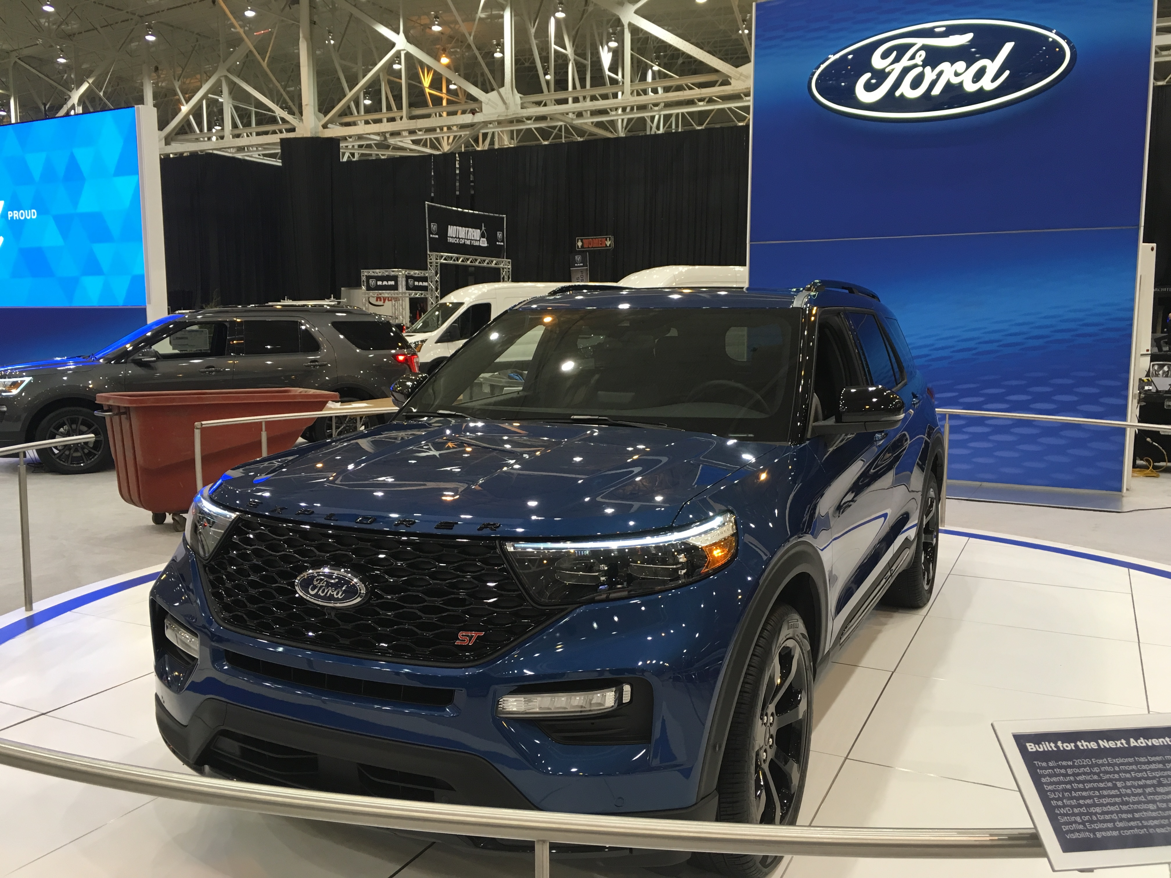 Cleveland Auto Show 2020.Real Photos Of The 2020 Ford Explorer George Waikem Ford Inc