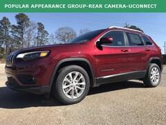 New 2019 Jeep Cherokee LATITUDE FWD Sport Utility Statesboro