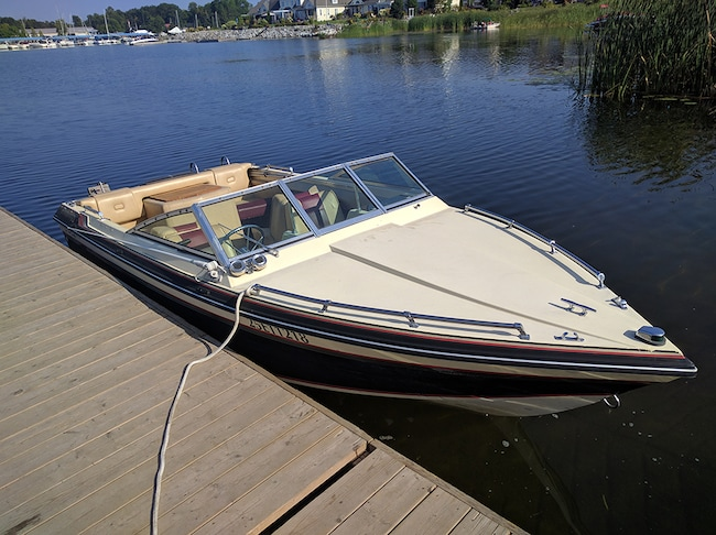 1985 CHRIS-CRAFT SCORPION 169