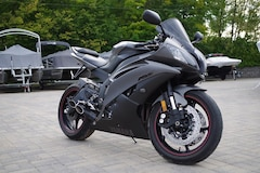 2013 YAMAHA YZF-R6 - REDUCED PRICE!!