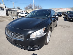 2011 Nissan Maxima SV LEATHER & SUNROOF & ALLOYS
