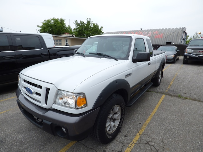 2008 Ford Ranger FX4/Off-Road & AUTOMATIC & 4X4 Truck Super Cab