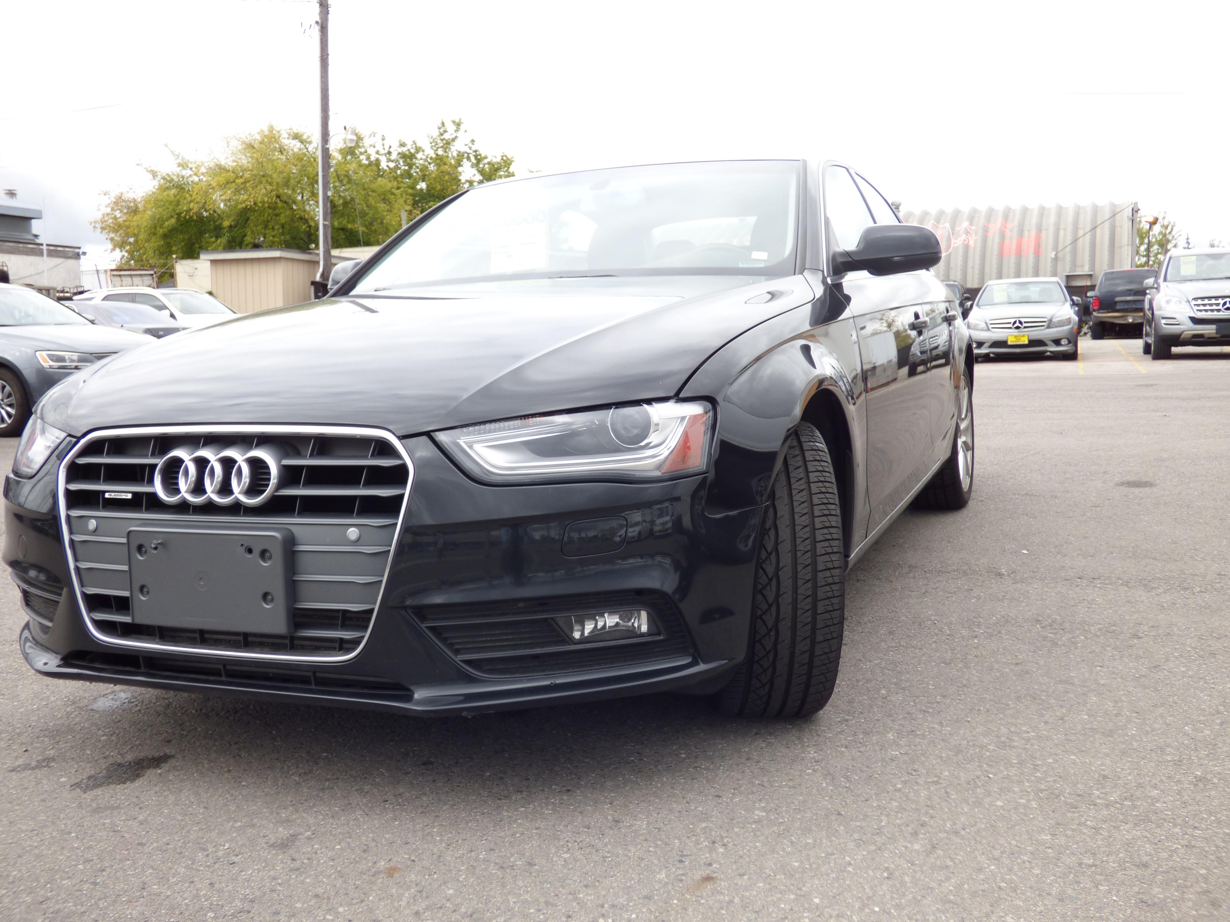 2014 Audi A4 2.0T Progressiv Plus & NAVIGATION & XENON & SUNROO Sedan