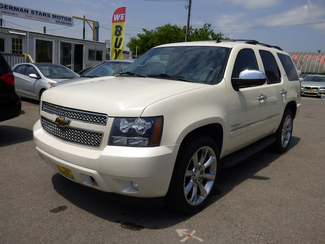 2010 Chevrolet Tahoe LTZ & NAVIGATION & LEATHER & ROOF & TV DVD & POWER SUV