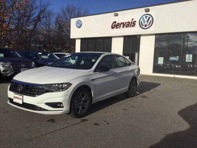 2019 Volkswagen Jetta 1.4T R-Line SEDAN For Sale in Lowell, MA