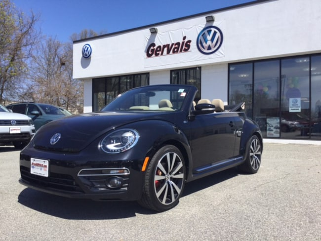2015 Volkswagen Beetle Convertible 2.0T R-Line Convertible For Sale in Lowell, MA