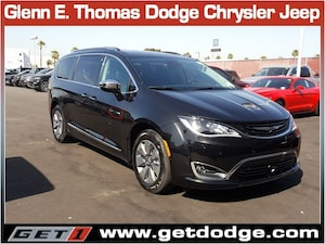 2018 Chrysler Pacifica Hybrid Hybrid Limited
