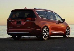 2017 Chrysler Pacifica exterior