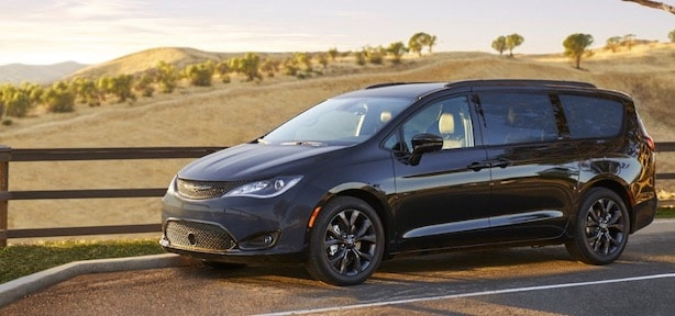 Signal Hill Chrysler Dealership