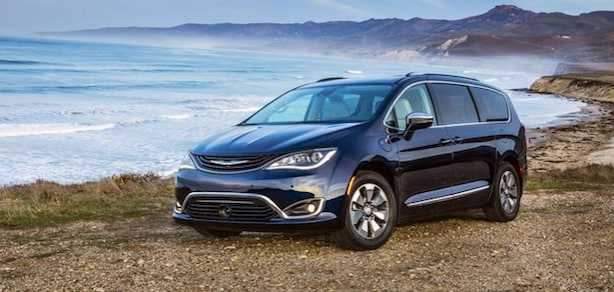2018 Chrysler Pacifica Hybrid available near Long Beach