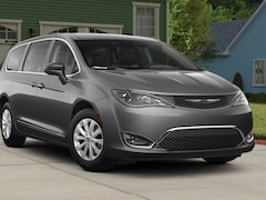 New 2018 Chrysler Pacifica TOURING PLUS Passenger Van Sand Creek
