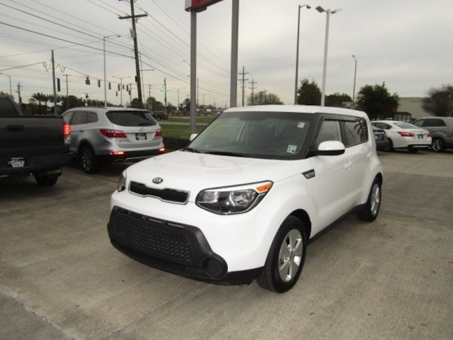 DYNAMIC_PREF_LABEL_AUTO_USED_DETAILS_INVENTORY_DETAIL1_ALTATTRIBUTEBEFORE 2015 Kia Soul Base FWD Hatchback DYNAMIC_PREF_LABEL_AUTO_USED_DETAILS_INVENTORY_DETAIL1_ALTATTRIBUTEAFTER