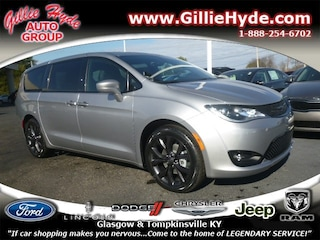 2019 Chrysler Pacifica Touring PLUS S Minivan