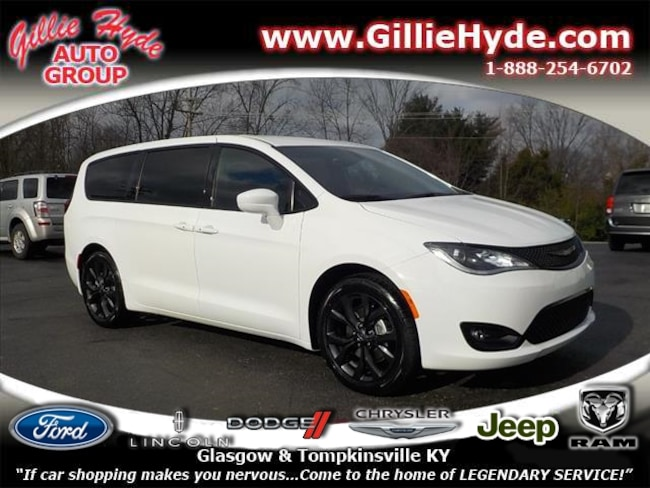 New 2019 Chrysler Pacifica Touring PLUS S Minivan 2C4RC1FG3KR575095 in Glasgow, KY