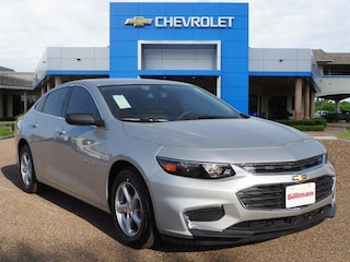 New 2018 Chevrolet Malibu LS w/1LS Sedan Harlingen, TX
