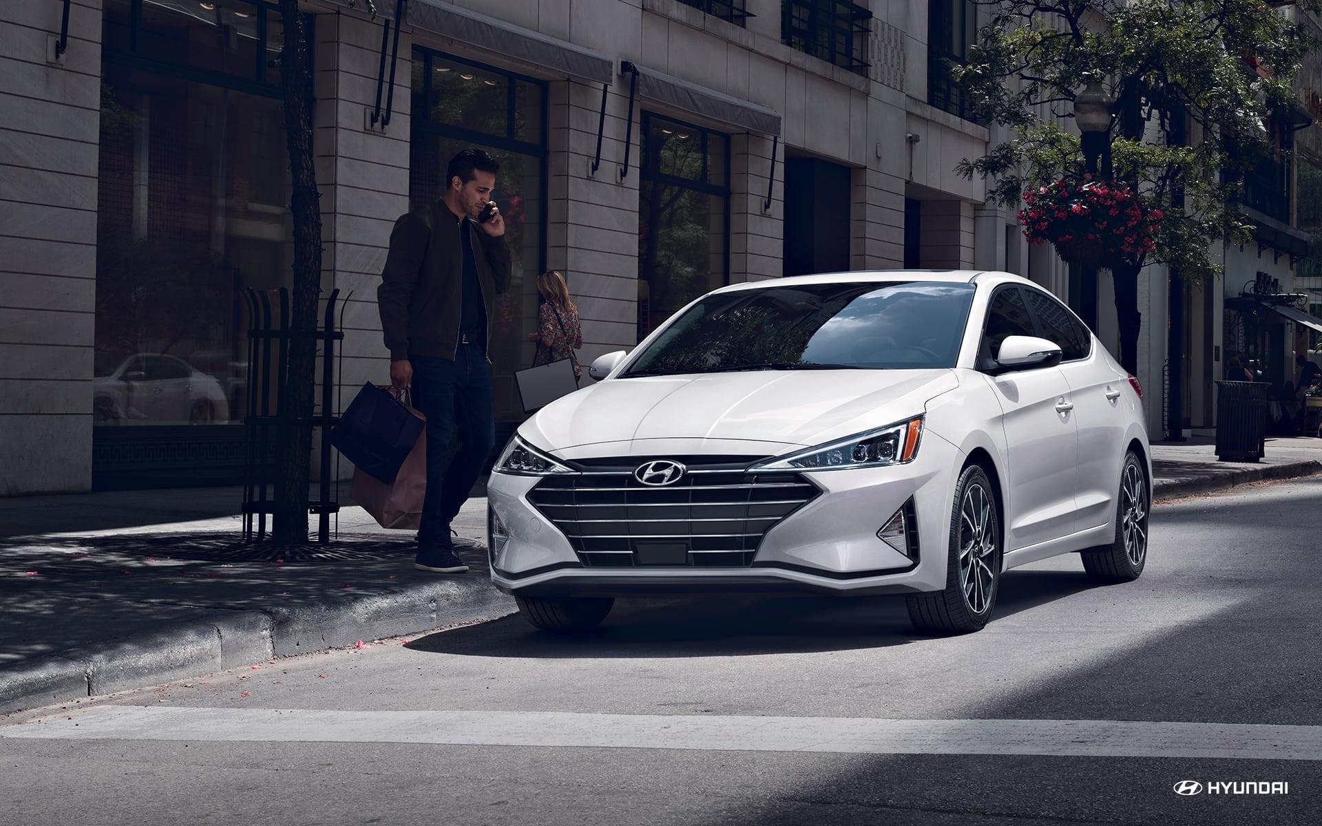 Test drive the 2020 Hyundai Elantra near Troy MI