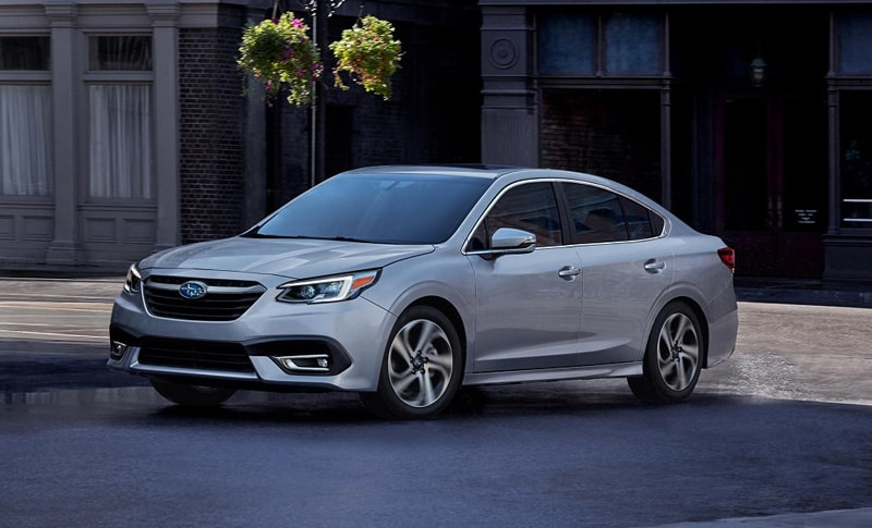 Explore the features of the luxurious 2020 Subaru Legacy in Southfield MI