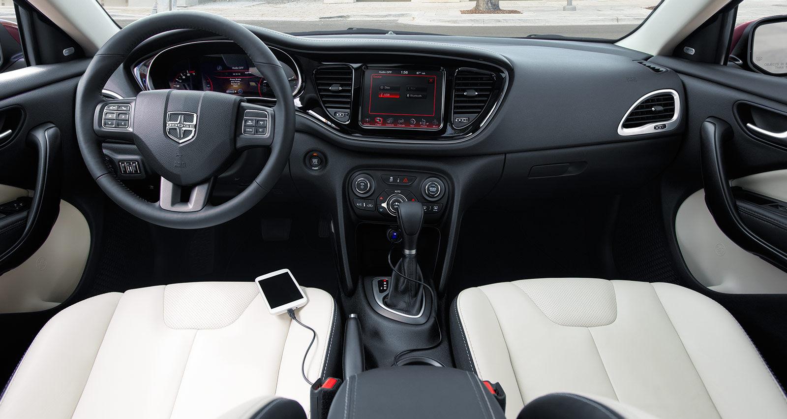 2016 Dodge Dart: Interior