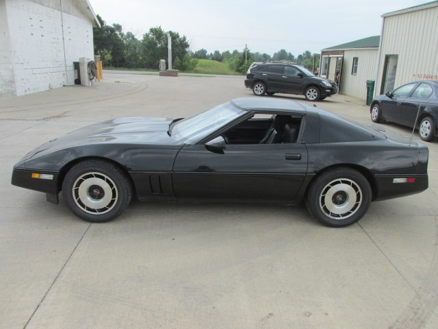1984 Chevrolet Corvette Base Hatchback