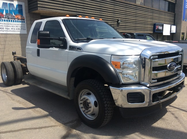 2013 Ford F-450 XLT DRW Extended Cab Cabin and Chassis 4X4 V10 Gas Truck