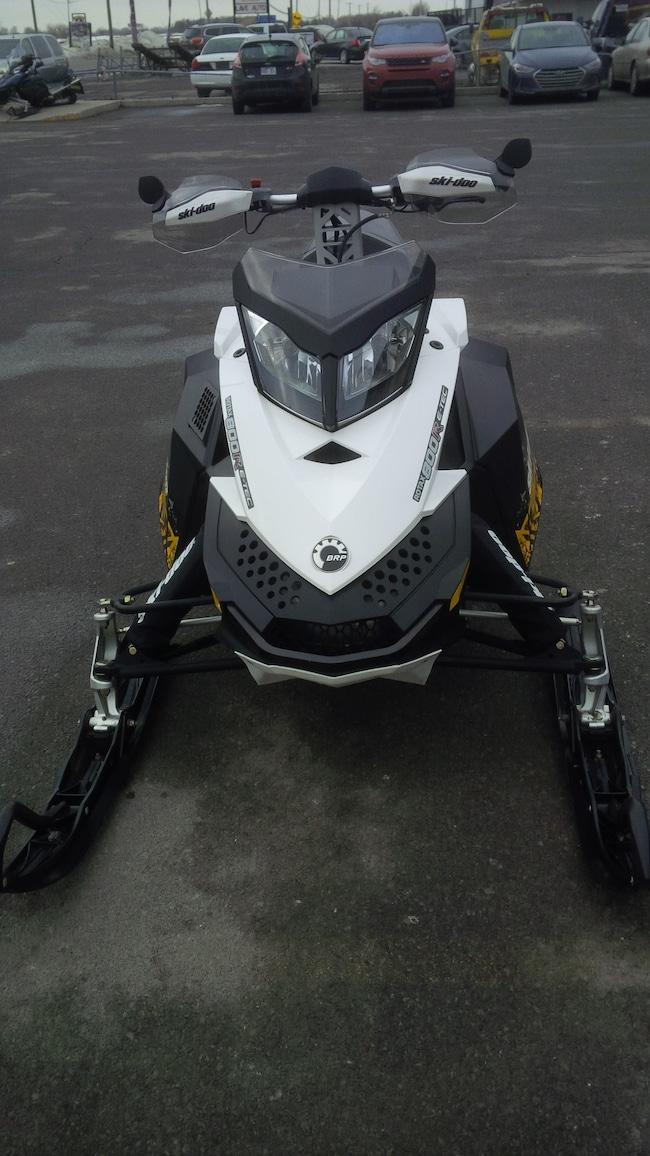 2011 SKI-DOO MXZ TNT 800 E-Tec  MX Z