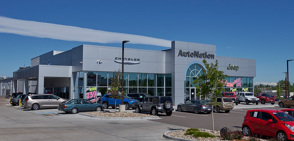 Exterior view of Autonation Chrysler Jeep Broadway serving Littleton