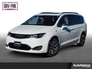 2019 Chrysler Pacifica Hybrid Limited Mini-van Passenger