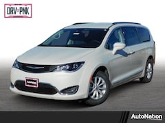 2019 Chrysler Pacifica Touring L Mini-van Passenger
