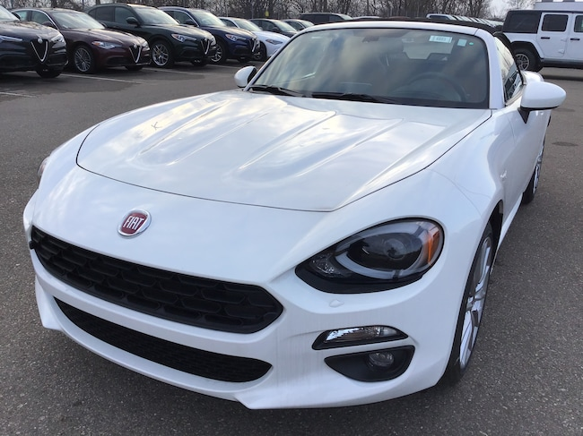 New 2019 FIAT 124 Spider LUSSO Convertible in Bloomfield Hills, MI