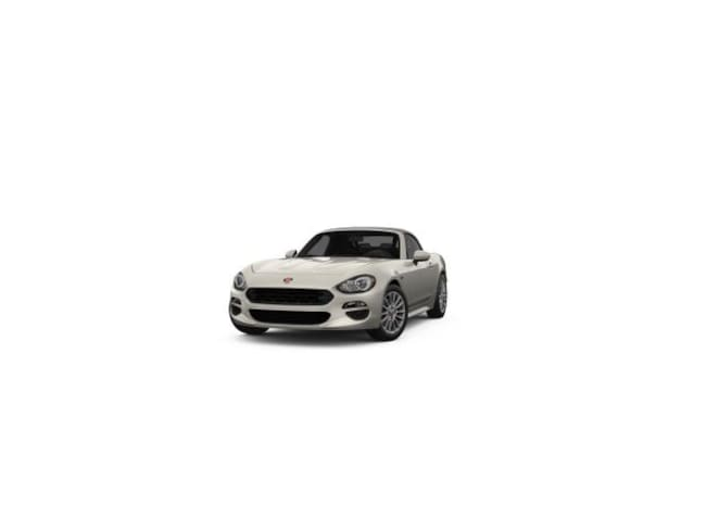 New 2018 FIAT 124 Spider CLASSICA Convertible in Bloomfield Hills, MI