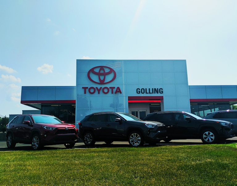 Golling Toyota Of Warren New Toyota Dealership In Warren Mi