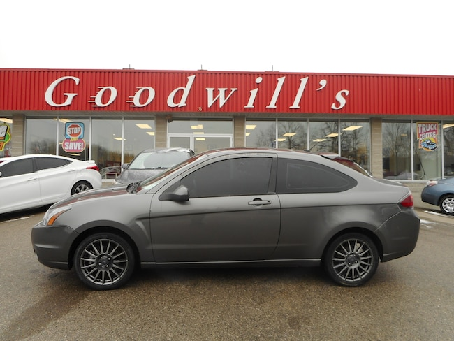 2010 Ford Focus SES! LEATHER SEATS! SUNROOF! Coupe