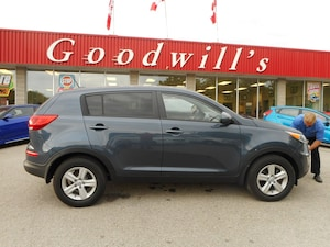 2015 Kia Sportage LX! HEATED SEATS! BLUETOOTH!