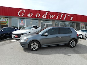 2015 Volkswagen Golf TSI! CLEAN CARPROOF! HEATED SEATS!