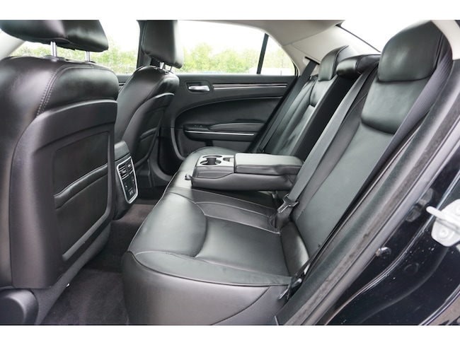 Used 2019 Chrysler 300 Limited For Sale | Memphis TN