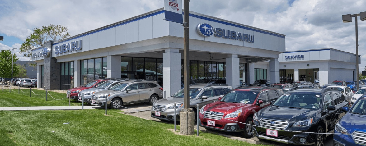 Exterior view of AutoNation Subaru Arapahoe during the day