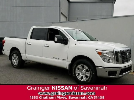 Featured new vehicles 2018 Nissan Titan SV Truck Crew Cab for sale near you in Savannah, GA