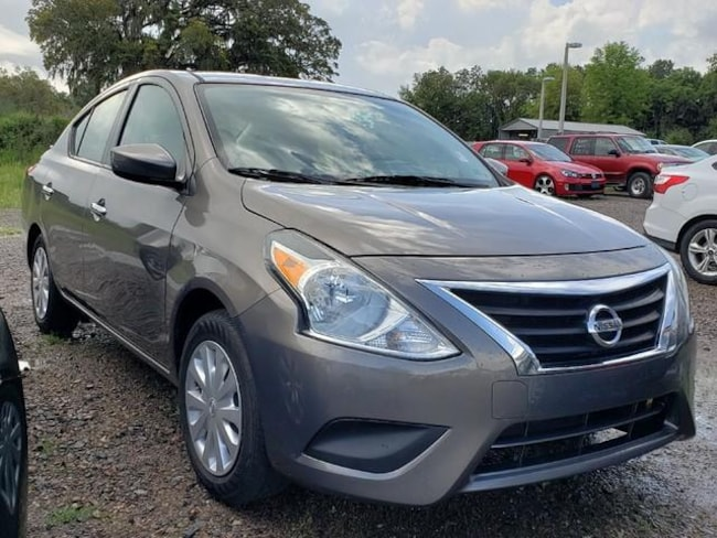 Used 2017 Nissan Versa 1.6 SV Sedan for sale in Savannah, GA