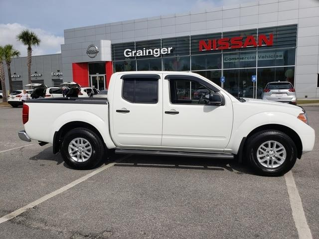 Used vehicles 2018 Nissan Frontier SV Truck Crew Cab for sale near you in Savannah,