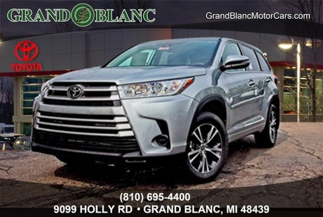 New 2018 Toyota Highlander LE SUV For Sale/Lease Grand Blanc, MI