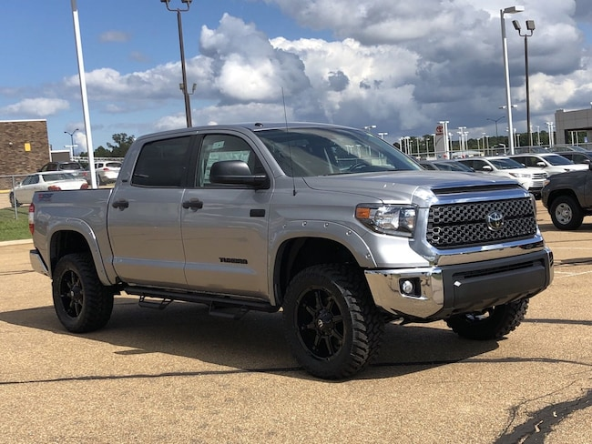 2019 Toyota Tundra SR5 5.7L V8 w/FFV Special Edition Truck CrewMax