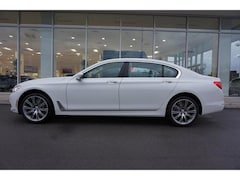 New 2019 BMW 740i Sedan for sale in Knoxville, TN