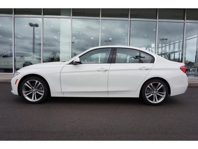 New 2018 BMW 330i Sedan Knoxville