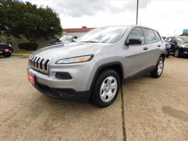 Used 2016 Jeep Cherokee Sport SUV