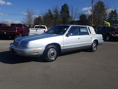 1992 Chrysler Fifth Avenue Fifth Avenue Sedan